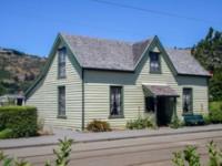 Curragh House